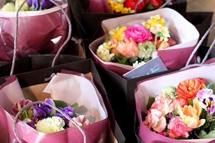 お花の定期宅配